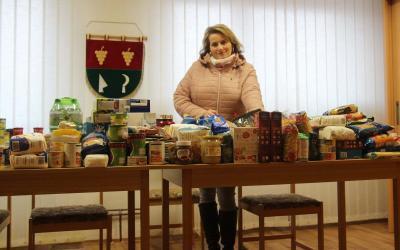 Starostka Morkůvek Brigita Petrášová uspořádala sbírku potravin pro potravinovou banku