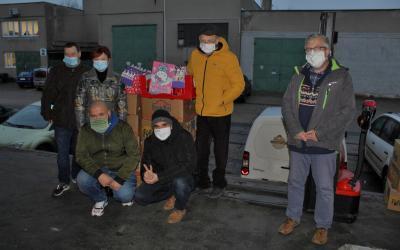 Doručili jsme 300 kilogramů potravin do Potravinové banky